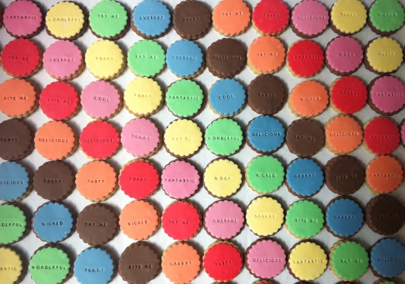 BB embossed cookies rainbow HR